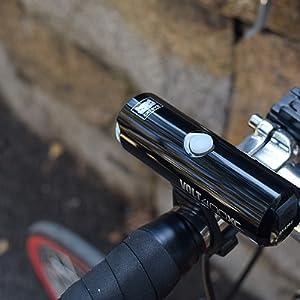 VOLT400XC ボルト400XC ヘッドライト 自転車用ヘッドライト 前照灯 ロードバイク クロスバイク ミニベロ 小径車 ブルベ ロングライド 街乗り