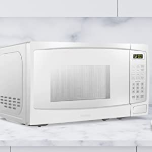 microwave, small microwave, kitchen, micro-wave, microwave oven, countertop oven, danby