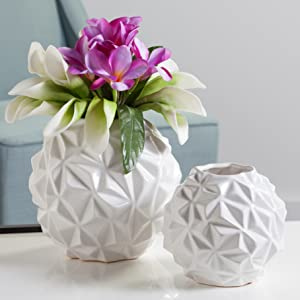 crumple vase with flower fillers