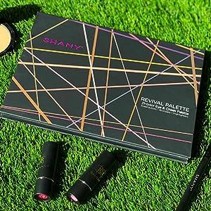 eyeshadow highlighter bronzer palette