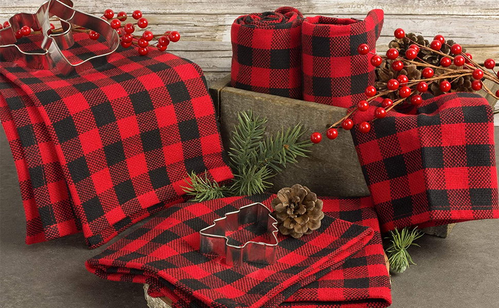 gray tablesetting decorative holiday party family fabric checkered wedding ideas christmas