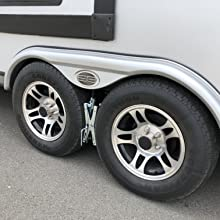 Camper Wheel Chocks >> Maxxhaul Towing Products 70074 Tandem Wheel Chock Lock Pair