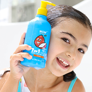 HOW TO USE KIDS 3-IN-1 SWEET ORANGE TIP TO TOE WASH STEP1