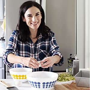 The Basics of Clean Eating and Baking - Clean Treats For Everyone: Healthy Desserts And Snacks Made With Simple, Real Food Ingredients
