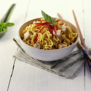 Maggi yakisoba gusto classico noodles istantanei con for Cucinare noodles