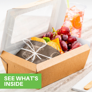 With built-in windows, these paper lunch boxes enhance your meal presentations.