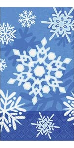 Amazon.com: Winter Snowflake Holiday Oval Paper Plates, 8ct: Kitchen ...