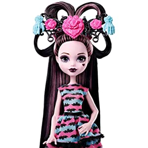 monster high party hair draculaura doll hair nails