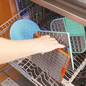 dishwasher safe pet bowl, lickimat, lickimat deluxe, treat mat, dog treat mats, cat treat mat,