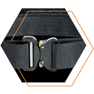 Tasmanian Tiger Equipment Belt MKII Set in black, with focus on the buckle