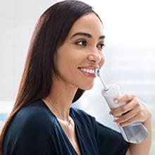 Tại sao sử dụng Oral-B Aqua Care?
