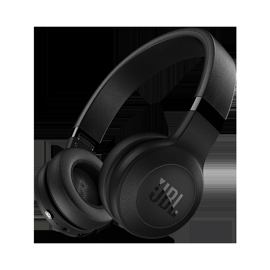 Los auriculares circumaurales inalámbricos JBL C45BT llevan el sonido emblemático de JBL directamente a sus oídos. Los auriculares C45BT son unos de los más ...