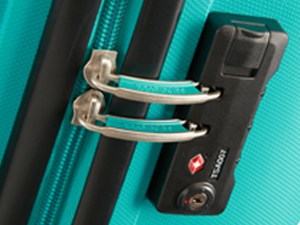Bon Air; American Tourister; Suitcase; Turquoise; Lock