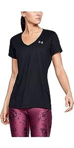 Camiseta con cuello de pico UA Tech