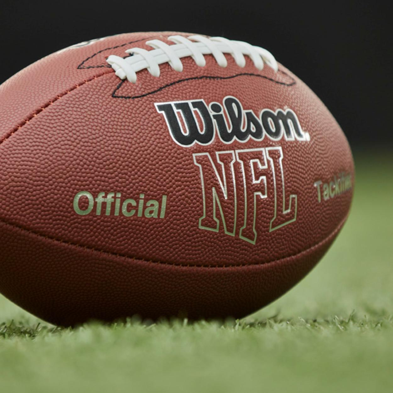 Amazon.com : Wilson NFL MVP Football : Sports Outdoors