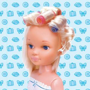 Nancy - Un día de Secretos de Belleza, Morena (Famosa 700013833)