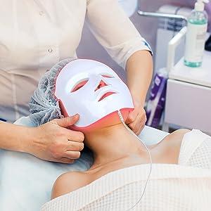 Máscara LED Facial 7 Cores Tratamento Estético Fototerapia