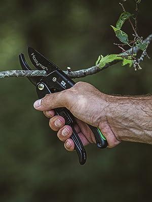Bone Purning All Purpose Mossy Oak Folding