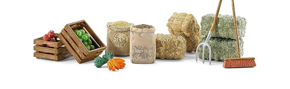 Schleich FEEDING SET plastic toy farm animal food hay fork brush feed NEW