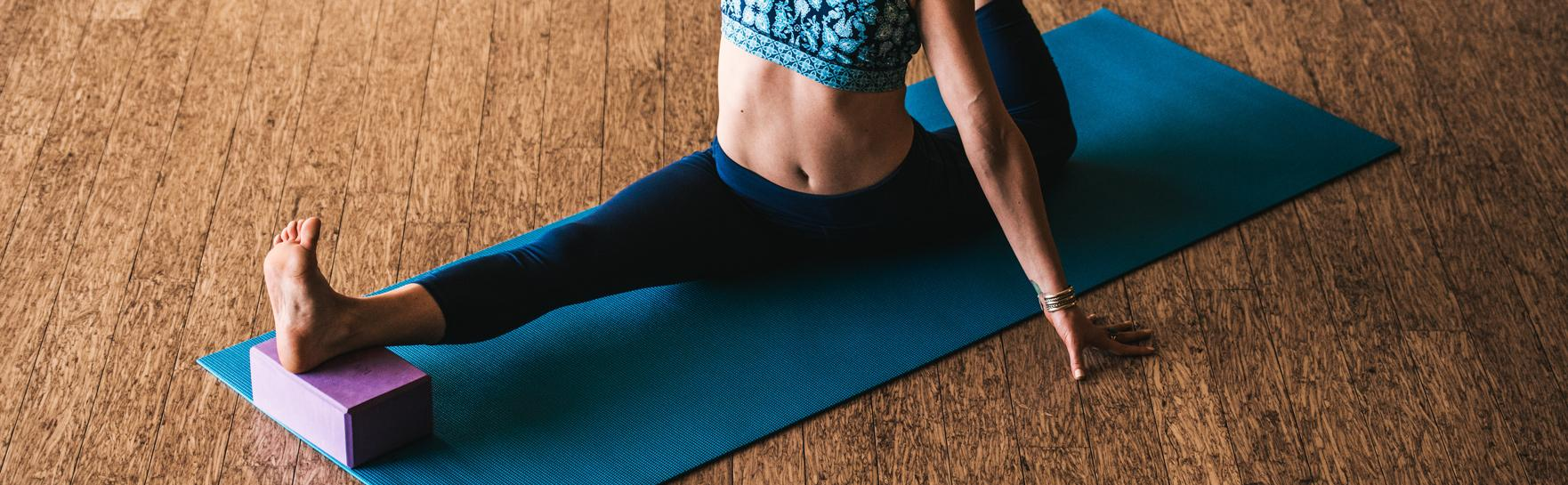 Amazon.com : Gaiam Yoga Block (Set of 2) - Supportive