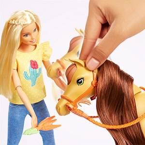 Barbie Hugs 'N' Horses - Playset Barbie & Chelsea and 2 horses (Mattel FXH15)
