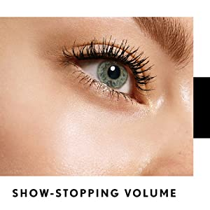 Eyelashes with show-stopping volume