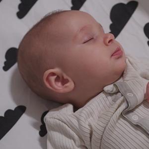 Baby, sleep, nap time, sleep training, pink noise, white noise, sound machine