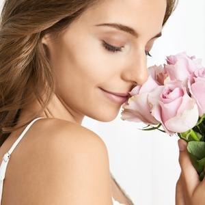 Fragrance women's perfume eau de toilette roses bergamot gentle