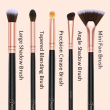 makeup brush eyeshadow