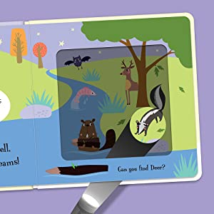 Open view of Goodnight Bear showing the magic card torch revealing hidden animal friends.