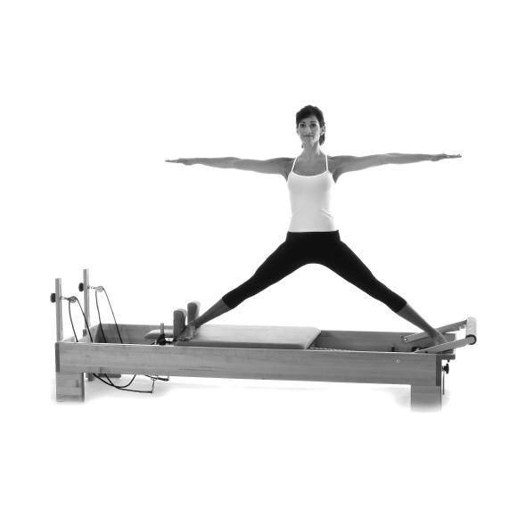 Pilates-2nd Edition: Rael Isacowitz: 9781450434164: Amazon