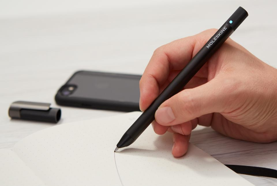 how to change refill on moleskine pen