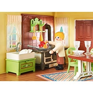 Aunt Cora cooking dinner in Lucky's Happy Home