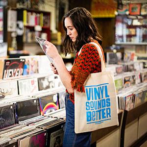 Crosley vintage turntable vinyl sounds better