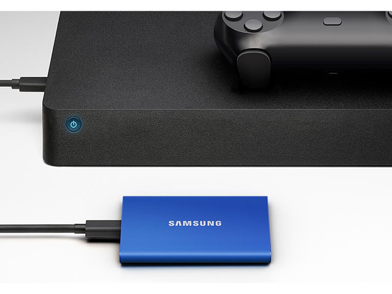 Samsung T7 plugged into a gaming console