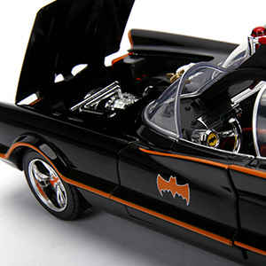 metals diecast die cast hollywood rides batmobile batman robin classic tv series vehicle 1:18 118
