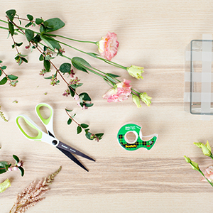 Tape Hacks: Arranging flowers with Scotch Magic Tape.