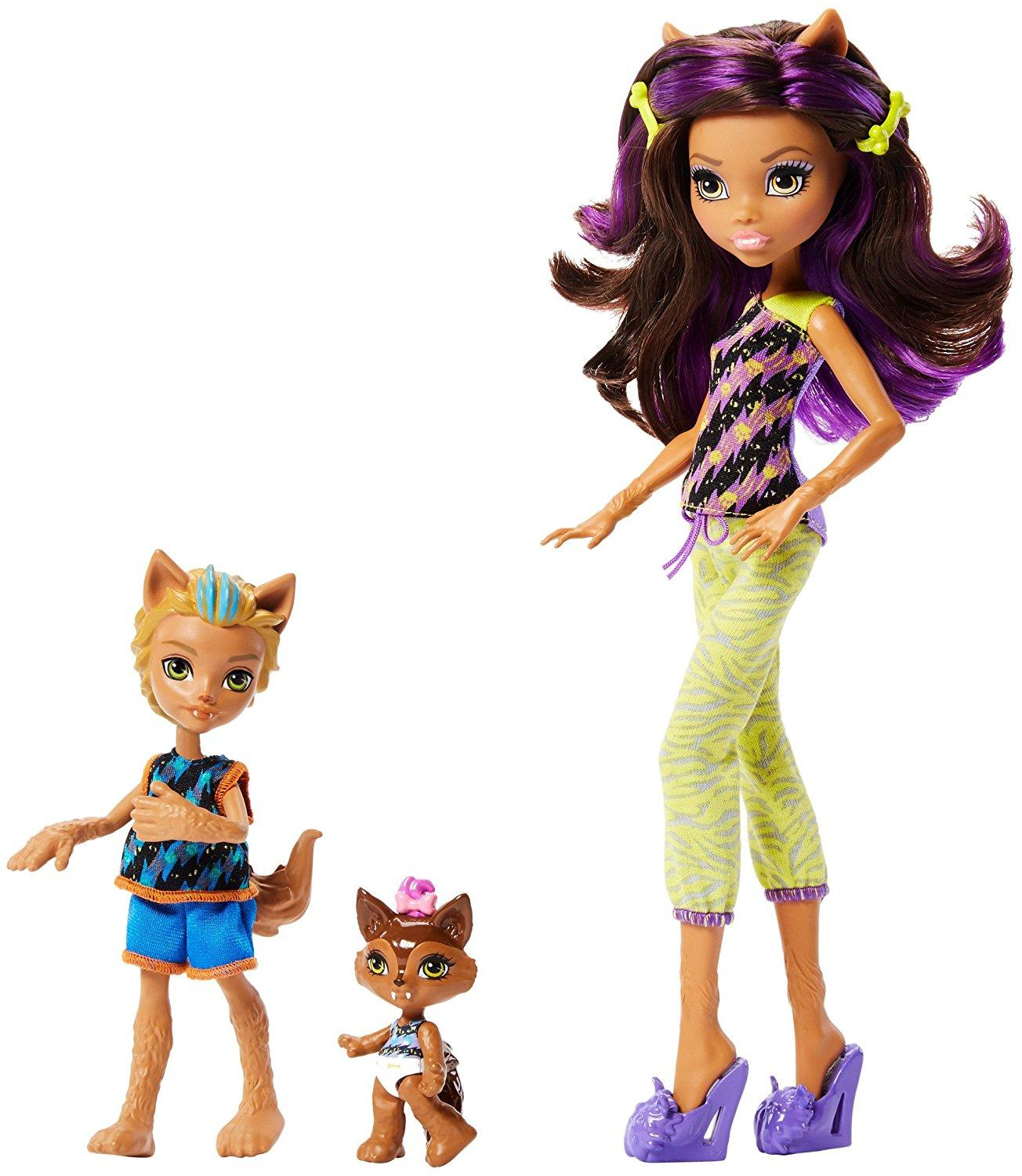 Monster high monster family lagoona blue and - Clawdeen wolf pyjama party ...