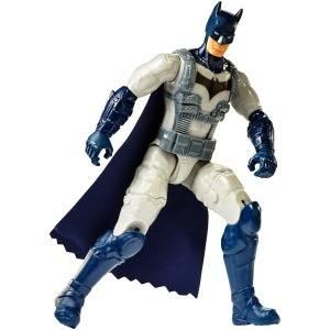DC BATMAN MISSIONS™ Figura básica 30cm, Batman con traje de armadura (Mattel FVM75)