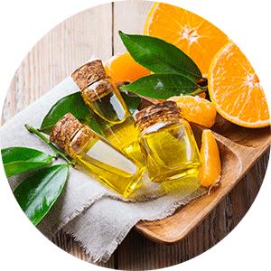 Lemon and orange essential oils help clear and refine skin