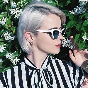 b4c9dfe2a317 Amazon.com  VOGUE Women s Plastic Woman Sunglass Cateye