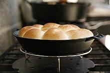 cast iron, pie pan. cast iron pie pan, camping pan, seasoned cast iron, seasoned pie pan