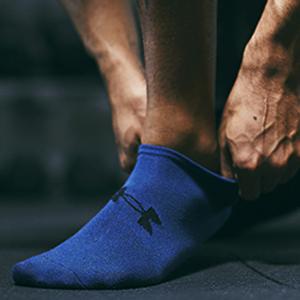 under armour socks, mens socks, mens light socks, mens lite socks, blue red black socks, no show