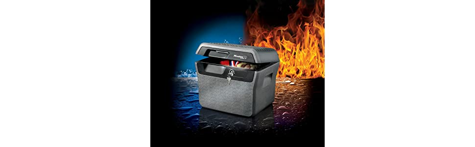 Master Lock LFHW40102 Fireproof & waterproof security safe Fireproof [Fire  & Water Resistant] [Extra Large] [Key] -LFHW40102-For A4 Documents,