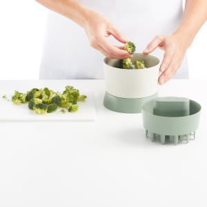 Lekue 0201811V17U008 Green veggie ricer 7 ounce