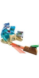 Hot Wheels Tiburón Megadestrucción