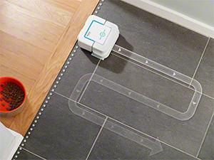 iRobot Braava jet 240: robot friegasuelos con pulverizador de ...