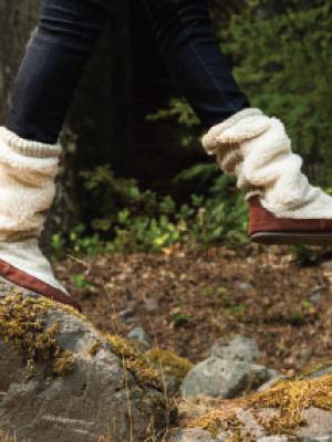 acorn women's slippers