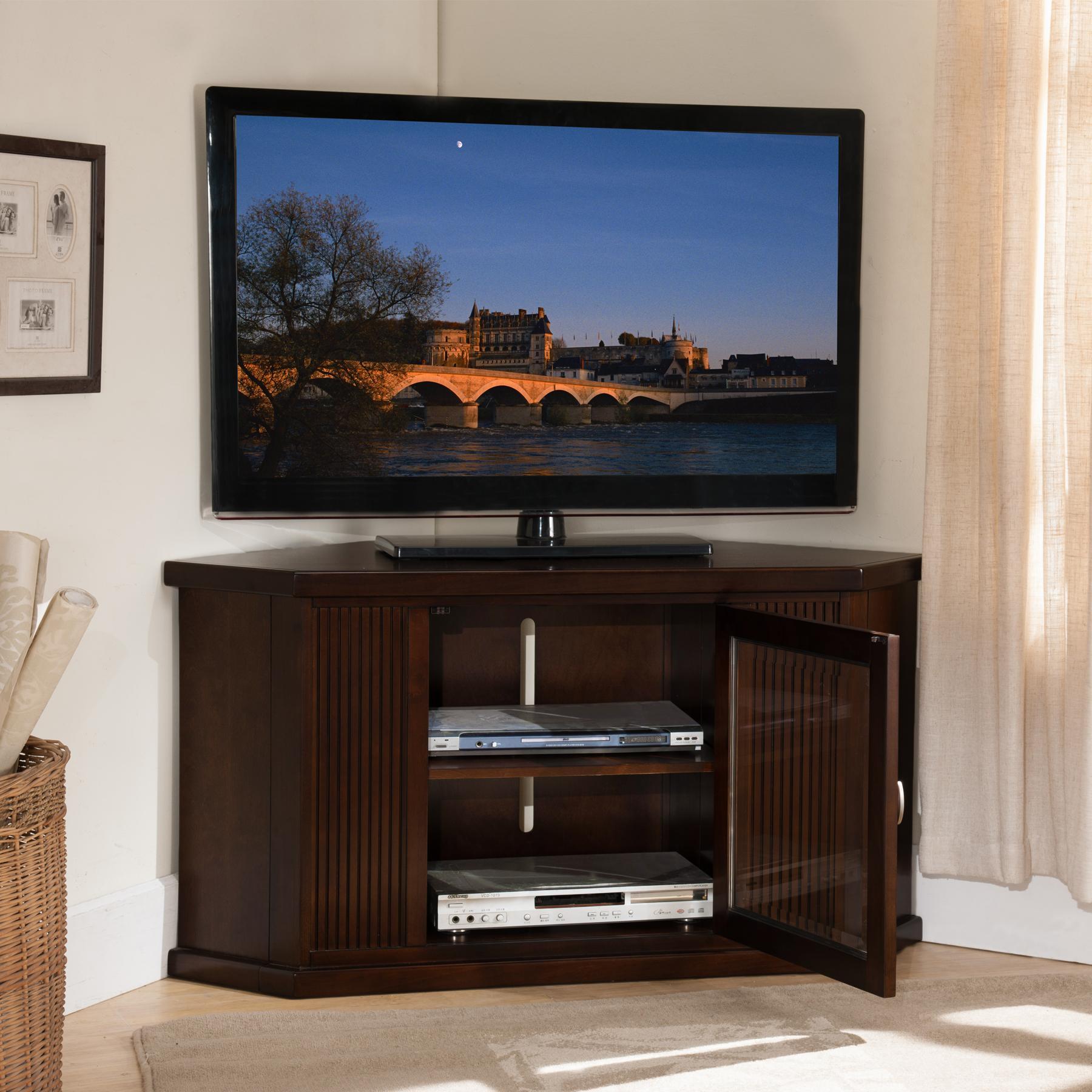 Amazon Com Leick Home Riley Holliday 46 Corner Tv Stand Chocolate