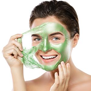 WOW Skin Science Aloe Vera Peel-Off Gel Mask Step3